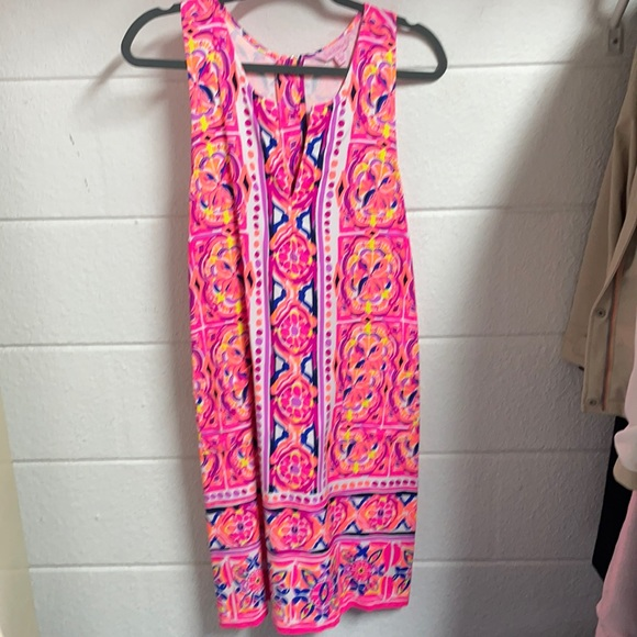 Lilly Pulitzer size 8 sleeveless dress
